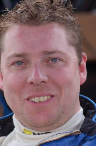 """Gewezen rallypiloot Wim Lootens overleden op 41-jarige leeftijd: """"Eind juli klaagde mijn broer over buikpijn, een maand later lag hij in coma"""""""