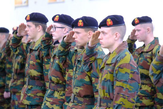 Mutsenparade van het Bataljon Artillerie.
