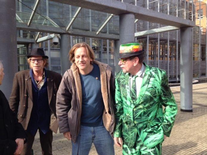 Derrick Bergman uit Eindhoven (midden)