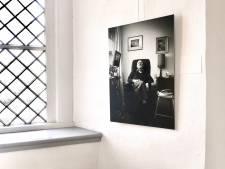 Foto's Anki Leene van 99-jarigen te zien in abdij Mariënkroon