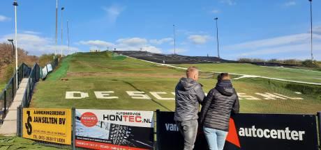 Brand verwoestte piste van skiclub Uden: waar naartoe met verbrande matten?