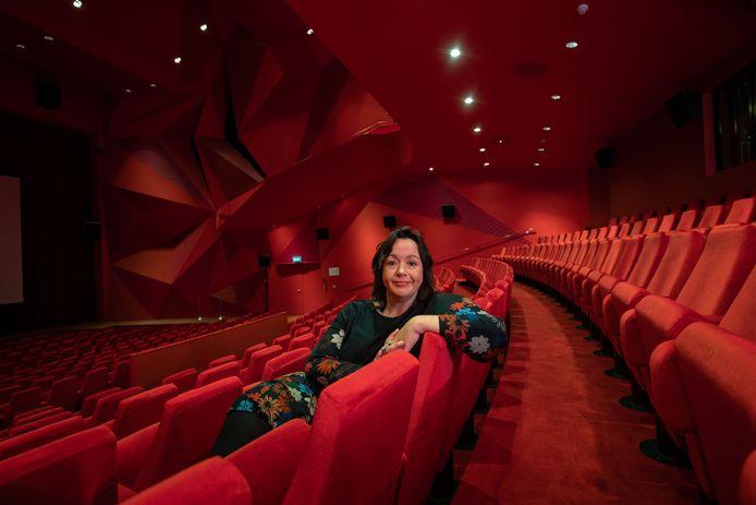 Jolanda Boerhof van theater Agora mag de komende weken meer dan 30 bezoekers ontvangen.