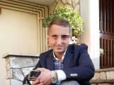 """Zo ziet Alexandru Caliniuc, die vanaf vandaag terechtstaat voor dood Sofie Muylle, zichzelf: """"Ik ben mooi, jong en hulpvaardig"""""""