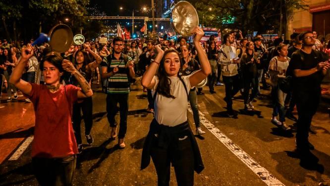 Zeker drie doden bij aanslag op politiepost in Colombia, regeringsprotest houdt aan