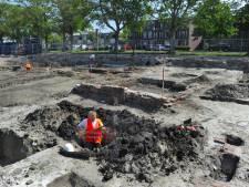 Middeleeuwse kelders aan Souburgs Oranjeplein wijken voor parkeergarage nieuw zorgcentrum