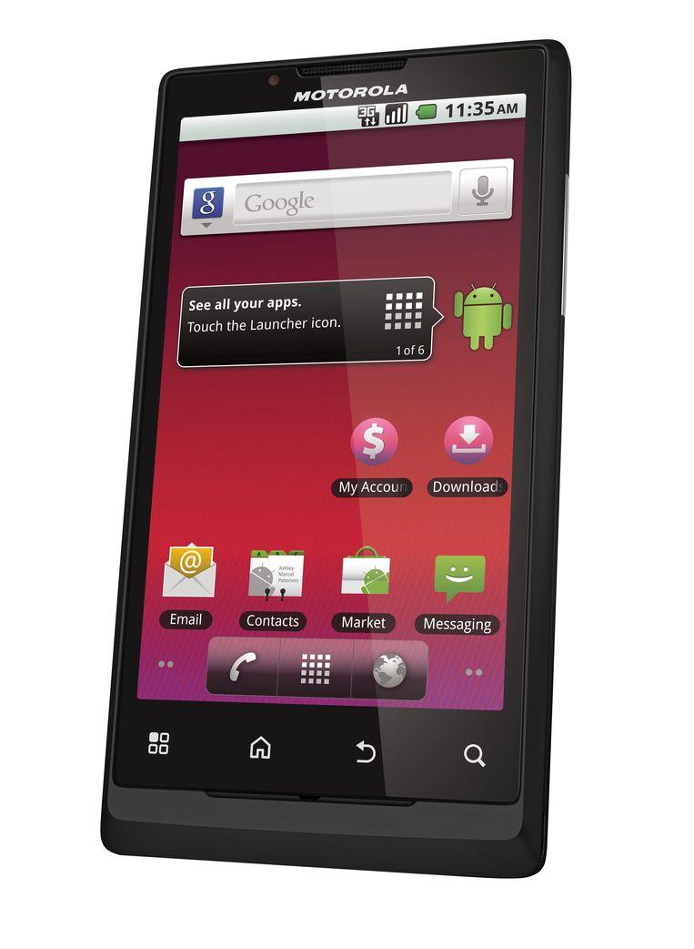 Er gaan geruchten dat Google een eigen smartphone op de markt wil brengen nu dat de internetgigant Motorola heeft overgekocht.