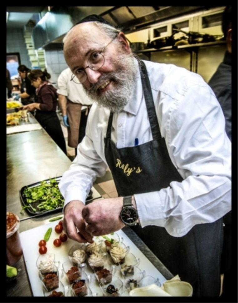 'Als ik op school een gerecht had leren maken, ging ik nadien snel naar huis en probeerde ik een eigen, koosjere versie te bedenken.' Beeld