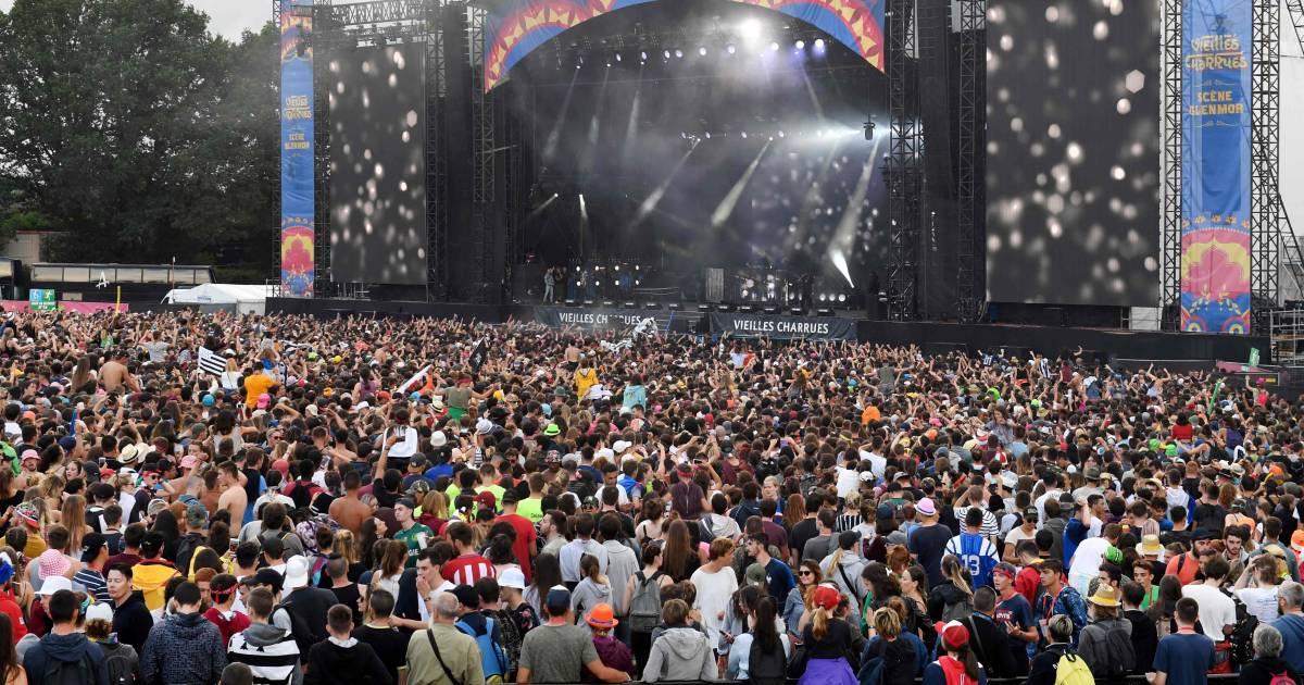 La France autorisera 5.000 personnes assises maximum pour les festivals cet été - 7sur7