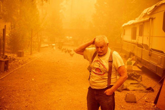 Inwoner Jon Cappleman die woont bij de 'Dixie-brand' in Californië (24 juli).