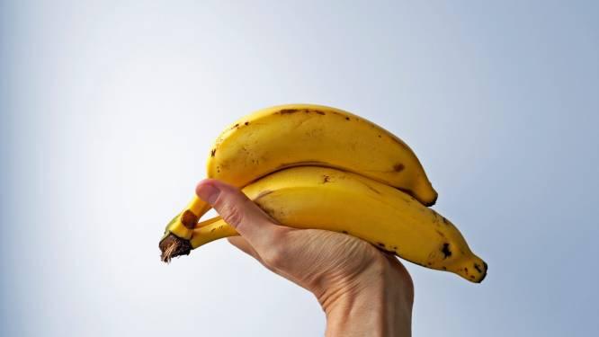 Bananen die je darmen verstoppen is fabel: dit doet de vrucht echt in je buik