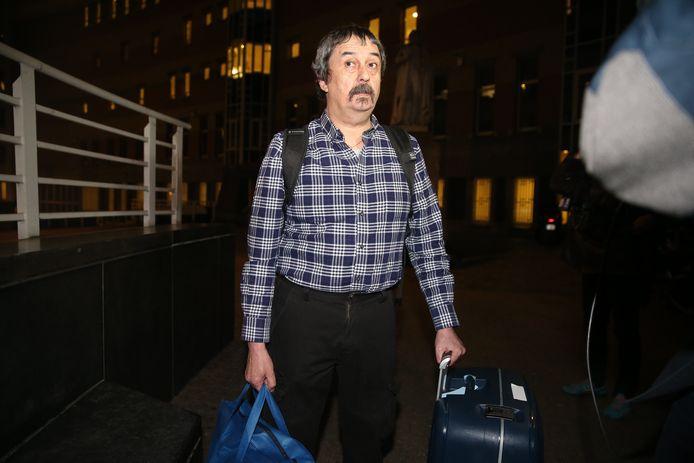 Philip Soubry verlaat het ziekenhuis in Brussel nadat hij er elf dagen in quarantaine verbleef.
