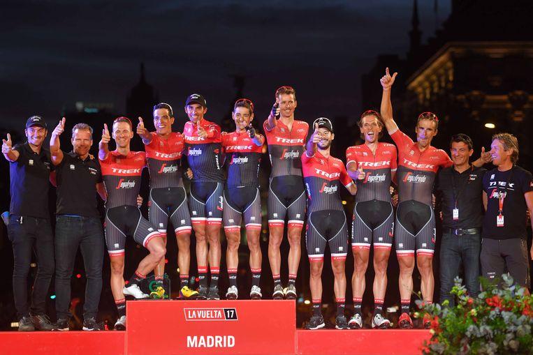 Cycling: 72nd Tour of Spain 2017 / Stage 21 Podium / Alberto CONTADOR (ESP) Last Race / Retirement /  Edward THEUNS (BEL)/ Markel IRIZAR (ESP)/ Julien BERNARD (FRA)/ HERNANDEZ Jesus (ESP)/ Jarlinson PANTANO (COL)/ John DEGENKOLB (GER)/ Koen DE KORT (NED)/ Peter STETINA (USA)/ Team Trek - Segafredo (USA)/ Celebration /  Arroyomolinos - Madrid (117,6km) / La Vuelta / © Tim De Waele Beeld TDW