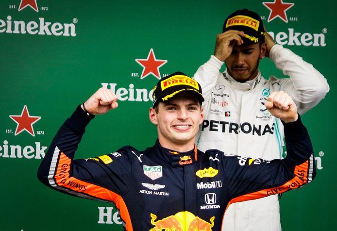 Max Verstappen en Lewis Hamilton zijn de grootste kanshebbers op de wereldtitel. Wie trekt er aan het langste eind?