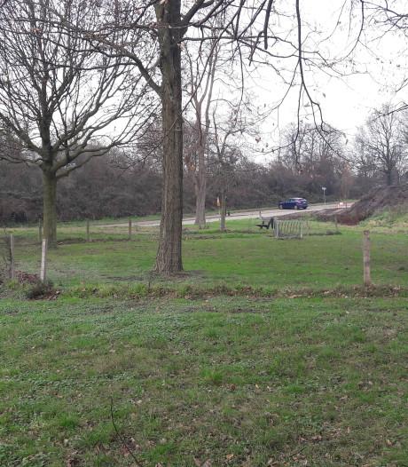Rhenen maakt zelf grond schoon voor speelplaats Vogelenzang