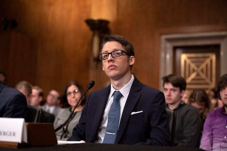 Lindenberger treedt op in de Senaat tijdens een hoorzitting over vaccinaties, naar aanleiding van de uitbraak van de mazelen in de VS. Beeld BELGAIMAGE