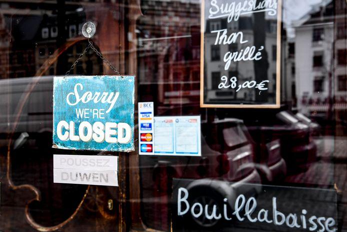 Un restaurant bruxellois fermé lors du premier confinement, en mars 2020.