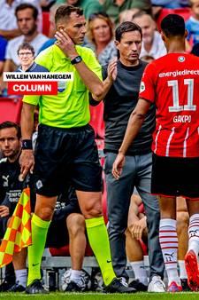 Column Van Hanegem | In een topwedstrijd handelt Schmidt alsof PSV nog in de voorbereiding speelt