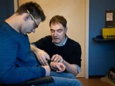 Veldhovenaar bedenkt stressmeter: eindelijk een stem voor mensen met een handicap zoals Patrick