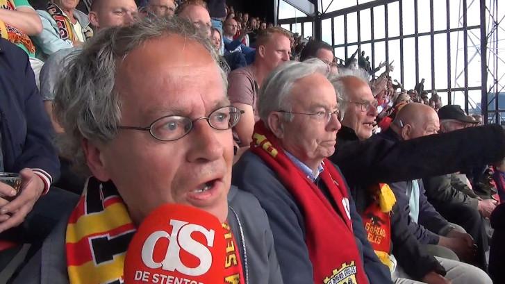 Fans GA Eagles bekijken in eigen stadion het duel in Waalwijk