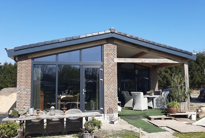 De bungalow van Lizzy en Pieter Donders.