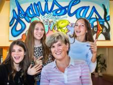 Janine genomineerd voor geschiedenisleraar van het jaar: 'Ik ben hun lerares, psycholoog en mentor'