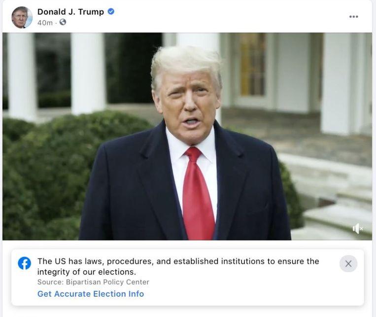 In eerste instantie plaatste Facebook alleen een waarschuwing bij de gewraakte video van Trump Beeld Facebook