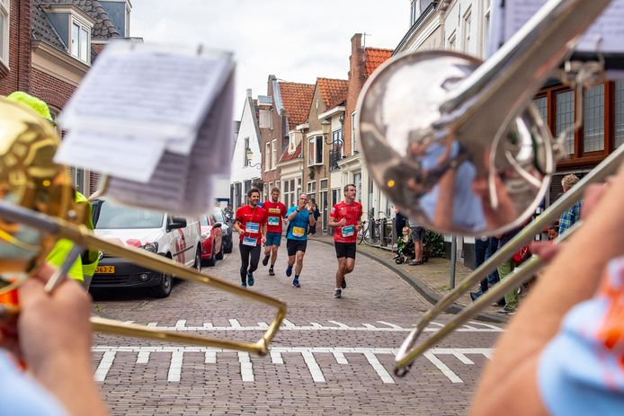De Marathon Amersfoort belooft voor 2021 opnieuw 'muziek langs het parcours'.
