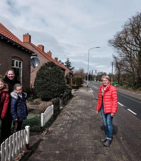 Spijkse grensbewoners mogen huis niet meer uit: 'Heel bizarre situatie'