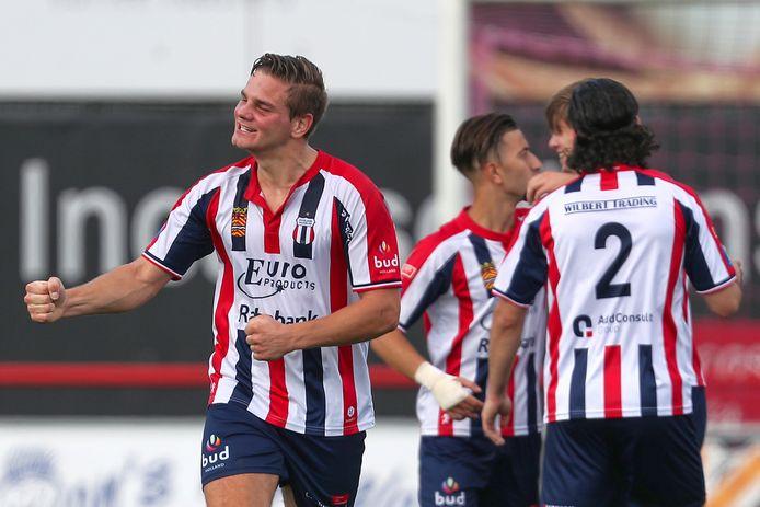 Excelsior Maassluis plaatste zich voor het hoofdtoernooi van het KNVB Bekertoernooi.