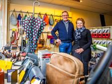 Bas en Welma van der Ree zwaaien af in stille, lege winkel: 'Dit is niet leuk, echt niet leuk'