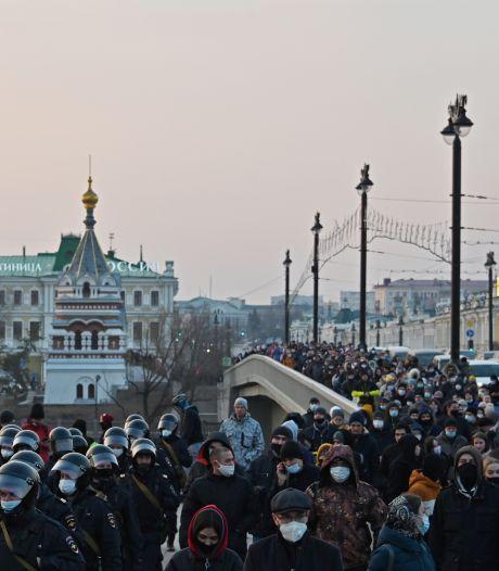 Au moins 180 arrestations en Russie en marge des manifestations pro-Navalny