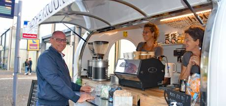 KoffieTruuk maakt busstation Terneuzen een stuk gezelliger