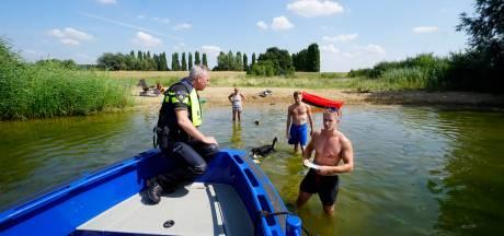 Politie waarschuwt zwemmers in het Pools, Arabisch en Duits