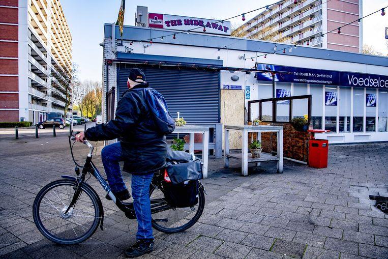 Schade aan het Feyenoordcafé The Hide Away door de explosie. Beeld ANP