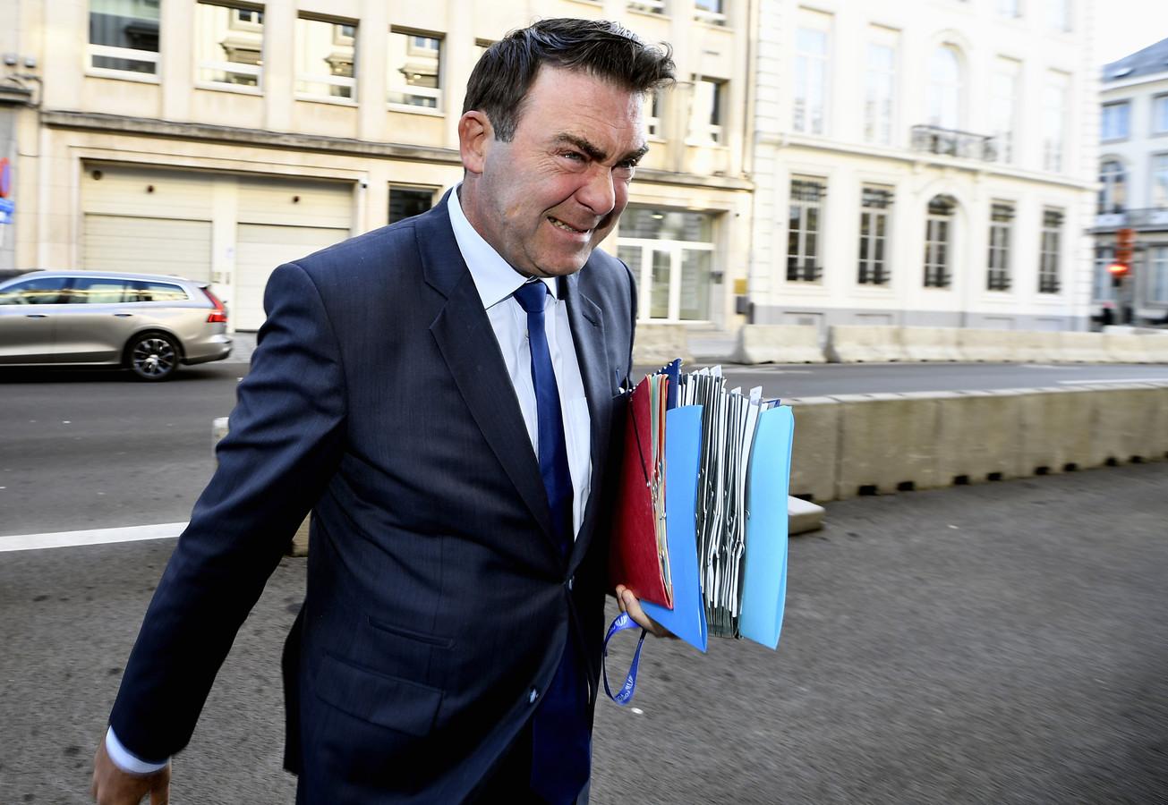 """""""Deze stemming toont de wil (van N-VA) om te breken met de solidariteit tussen de Belgen"""", zo reageerde federaal minister en kandidaat-voorzitter van MR Denis Ducarme."""