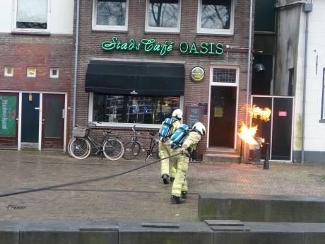 Terrasheater vliegt in brand bij café in Meppel