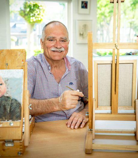 Verlamde Frans kon door spalkje altijd blijven tekenen: 'Ik maak nu portretten vanuit mijn rolstoel'