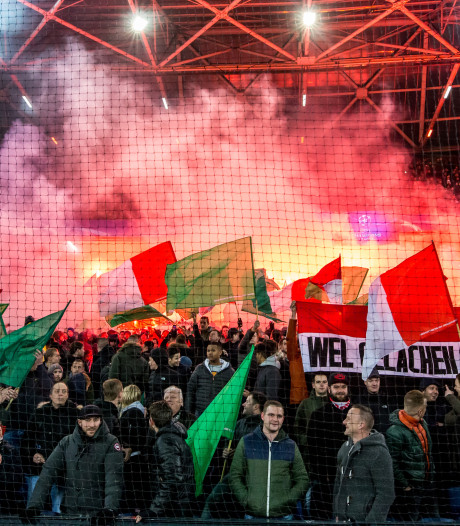 Feyenoord betaalt wederom zonder morren boete voor vuurwerk