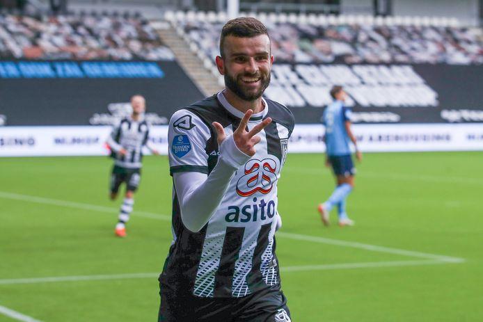 Rai Vloet maakte namens Heracles Almelo een hattrick tegen FC Utrecht.