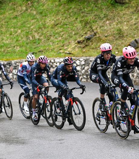 Alle wielrenners en stafleden testen negatief in Ronde van Italië