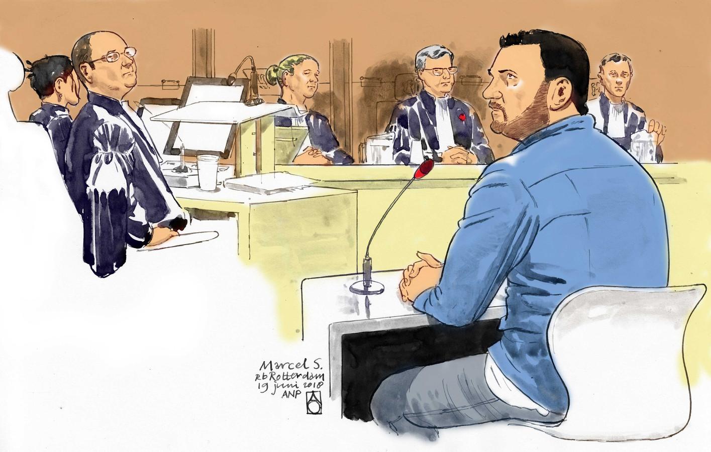 Een rechtbanktekening van verdachte Marcel S.