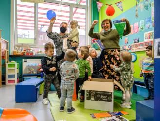 Leerlingen basisschool Oogappel duiken in Jeugdboekenmaand