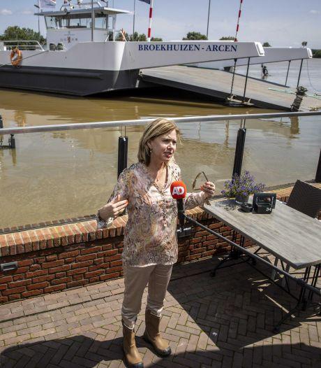 Van Nieuwenhuizen bezoekt Limburg: 'We zijn er nog niet'