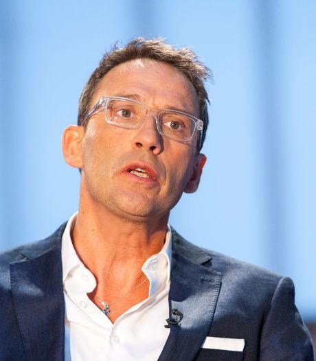 """Julien Courbet annonce le décès de sa maman: """"Alzheimer a gagné"""""""