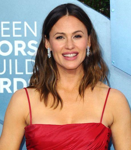"""Jennifer Garner se confie: """"Je ressemblerai pour toujours à une femme qui a eu trois enfants"""""""