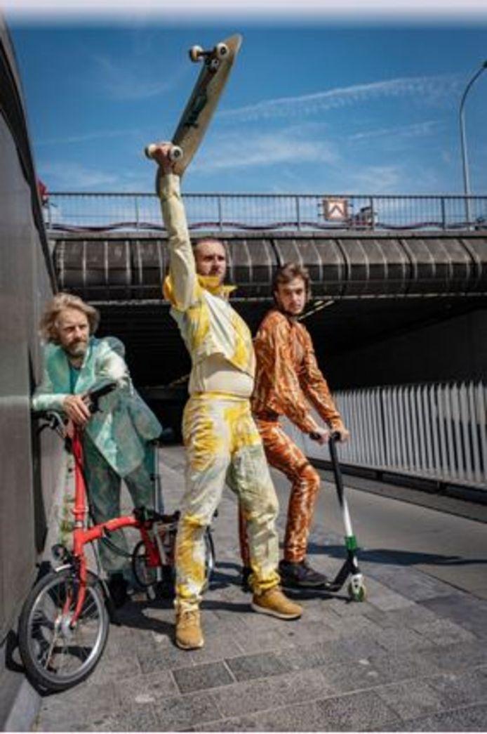 Dansend door de Doorniksetunnel fietsen: het kan allemaal
