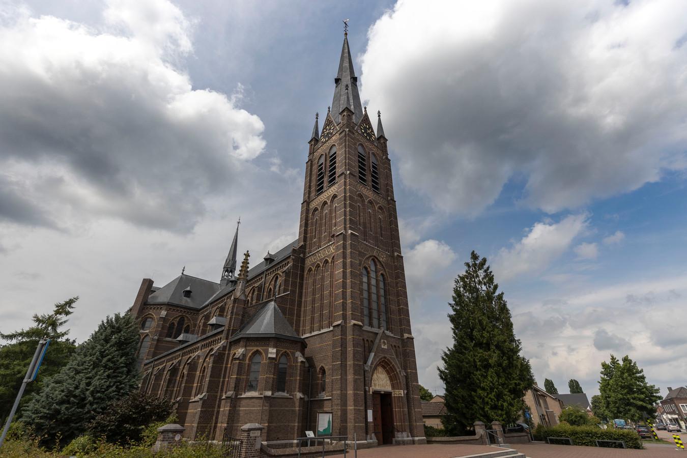 Een vleugje Big Ben klinkt er dagelijks - 60 keer - vanuit de St. Willibrorduskerk in Liessel.