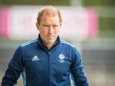 Tilburg-coach Delmée bezorgd na corona-uitbraak: 'Hoe verantwoord zijn vijf wedstrijden in twee weken?'