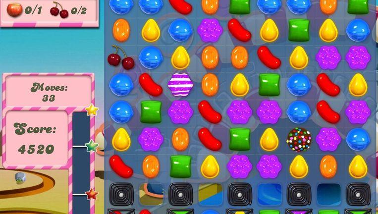 In Candy Crush moeten spelers verschillende combinaties maken met bijvoorbeeld blauwe lolly's, oranje keelpastilles, paarse gummy's of andere vrolijk gekleurde snoepjes. Beeld