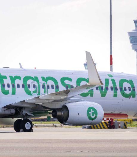 D66 en Consumentenbond: Transavia moet stoppen met torenhoge omboekingskosten
